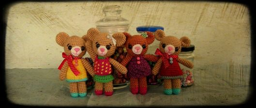 Amigurumi-Teddy-Bears_horizontal_Tales-Of-Twisted-Fibers.jpg