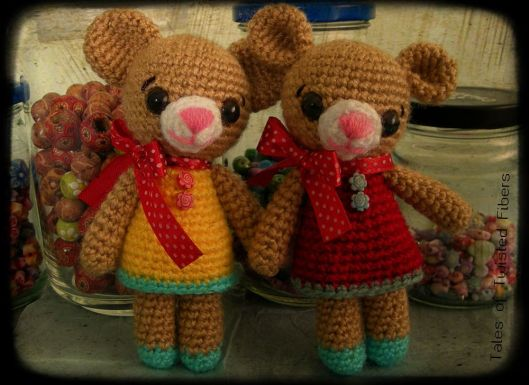 Papaya-and-Apple-Amigurumi-Teddy-Bears_Tales-Of-Twisted-Fibers.jpg