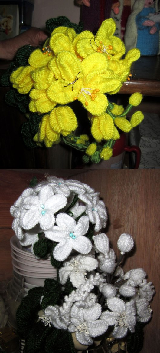 1. Mom's-Yarn-Flowers