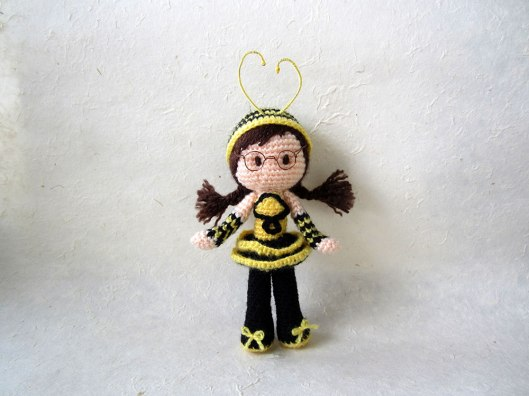 4. Bee-Girl-Amigurumi-(album-cover)_Tales-of-Twisted-Fibers